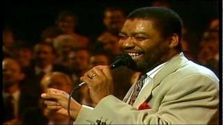 Repeat youtube video RON KENOLY - DVD LIFT HIM UP FULL