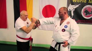 Ray Wood ju jitstu thumb hand lock demonstration