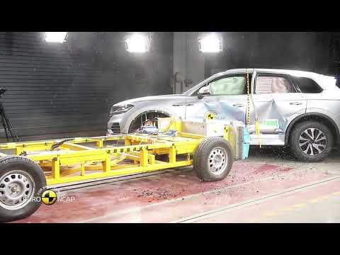 VW Touareg, Crash Tests 2018 - Unravel Travel TV