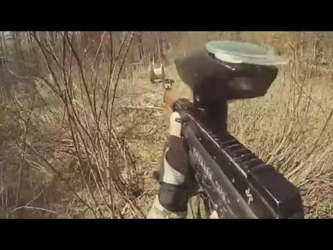 Пейнтбол игры в лесу