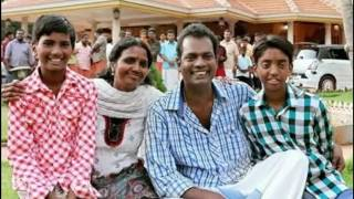 Actor Salim Kumar with Family