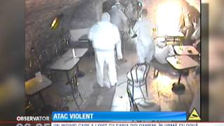IMAGINI SOCANTE! Atac cu sabia intr-un local din Cluj