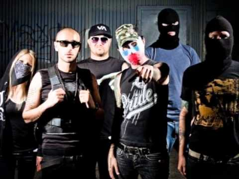 hollywood undead vs deuce 9 lives youtube
