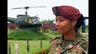 Érica Meneses, primera suboficial instructora de paracaidismo en el Ejército | Noticias Caracol
