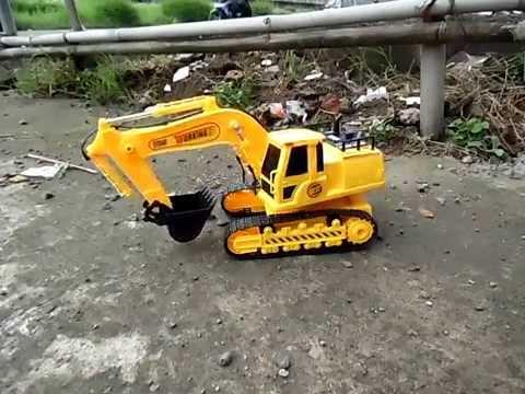 Mainan RC Alat Berat Beko Excavator Digger