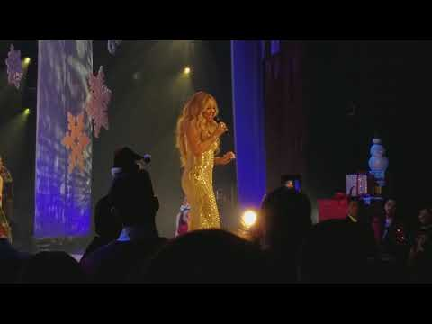 Mariah Carey Live - Charlie Brown Christmas Vegas