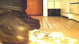 Buffalo Boots 1348 Vs. Obst (crushing)