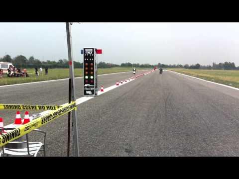 Accelerazione Vespa a coppie - Aeroclub BG