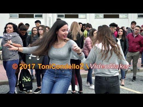 Tarantella degli studenti a Polistena - by ToniCondello2