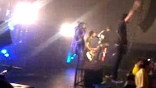 Weightless - All Time Low - Live in Liverpool 06/03/11