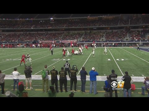 DeSoto Community Reacts To Delayed Parade Due To Football