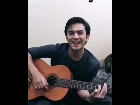 """Lagunya Rizky """" Rain """" ...dinyanyiin Buat Syifa Ya Ky ^^"""