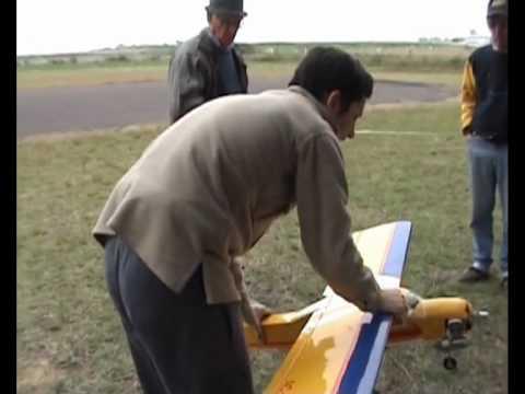 Primer vuelo del AC20