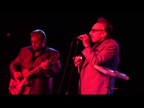 Rick Estrin & The Night Cats - Living Hand To Mouth (Live In Vegas)