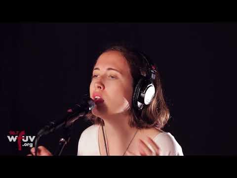 "Free Download Alice Merton - ""no Roots"" (live At Wfuv) Mp3 dan Mp4"