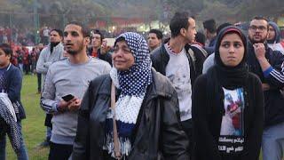 بكاء وانهيار أهالي شهداء «أولتراس أهلاوي» أثناء إحياء ذكراهم الرابعة