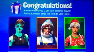 How To Get EVERY SKIN in Fortnite FREE! (Unlimited FREE ITEMS!)