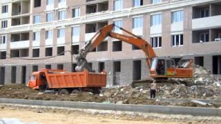 Вывоз строительного мусора. 8 (812) 332 54 69(http://zamusorom.ru/vyvoz-stroitelnogo-musora.htm Вывоз строительного мусора по приемлемым ценам. Используем только новую техник..., 2014-04-10T17:27:35.000Z)