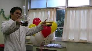平間に有る、県立川崎工業高校『川工祭』で、化学マジックを披露