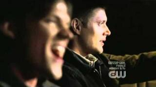 Jensen Ackles singing as Dean Winchester (Supernatural) - WWW.JENSENDAILY.ORG