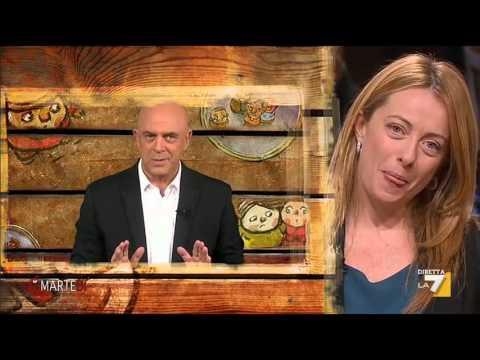 diMartedì - La copertina di Crozza: Salvini con B. come se Marquez e V. Rossi limonassero ai box