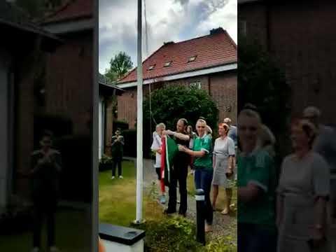 Alemanes izan bandera de México tras derrota de Alemania