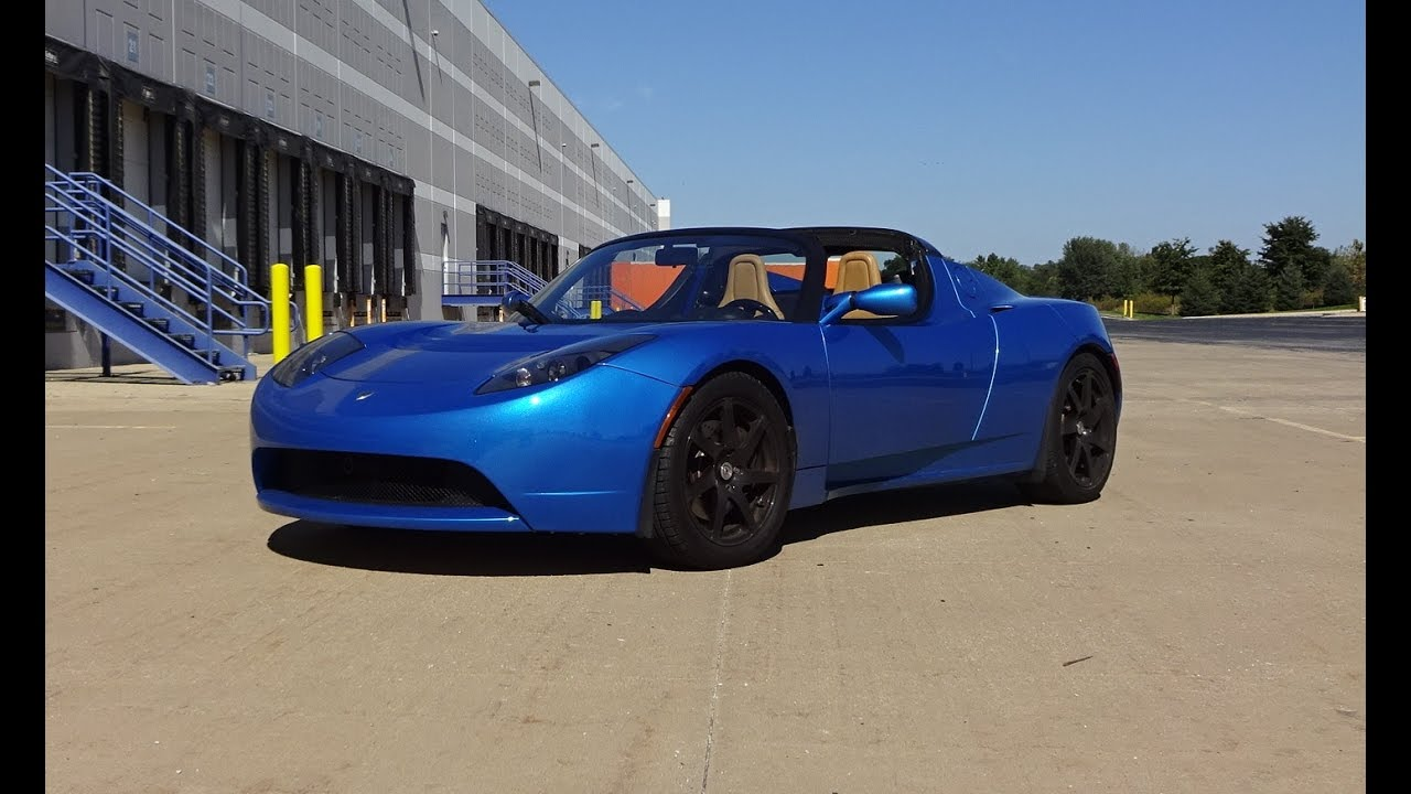 2009 tesla roadster in electric blue paint engine non