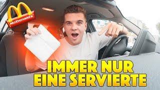McDonalds PRANK | JEDES MAL NUR 1 SERVIETTE BESTELLEN!