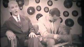 Herman Emmink en Frans van Dusschoten zingen platen uit Herman´s collectie