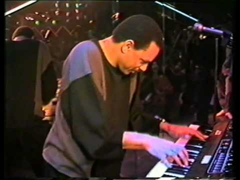 James D-Train Williams Walk on by: Live in Discotheek Cartouch Utrecht 1983 Part 2