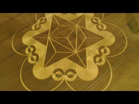 Cley Hill CROP CIRCLE  18.7.2017 SUPERLONG EDIT 4k60p