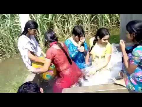 DESI Girls Hot BATH NEW HOT VIDEO     Yumna ZaidAliT