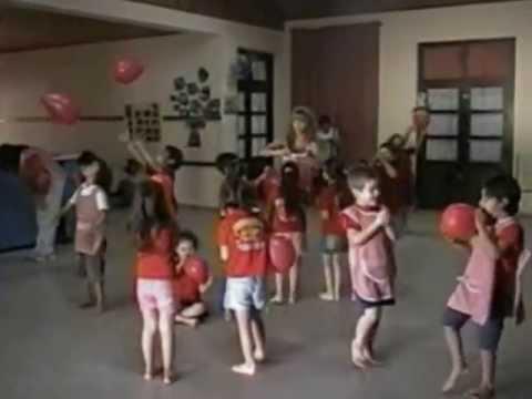 Clases de Expresión Corporal en un Jardin de Infantes: globos y ...