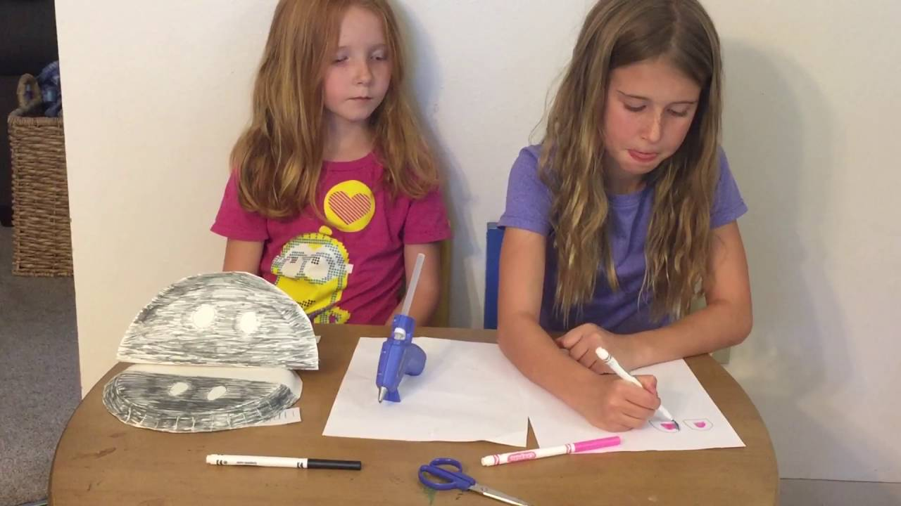 How to Make a Paper Plate Hippo  sc 1 st  YouTube & How to Make a Paper Plate Hippo - YouTube