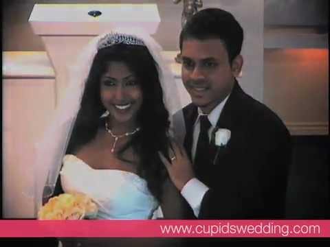 Las Vegas Wedding At Cupids Chapel