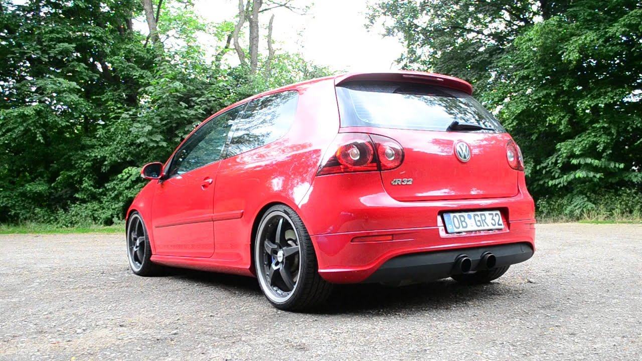 Golf r32 gti red