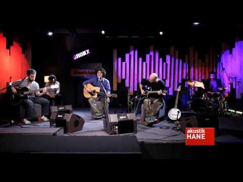 Pinhani - Bir Damla Gözlerimde (Live) Dinle mp3 indir