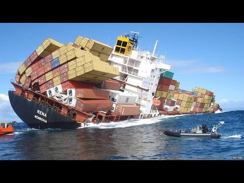 Sinking Container Ship Real Video Of Crew Escape Rescue Operation Solas Youtube
