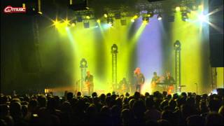 Milow - Little In The Middle (live bij Q)