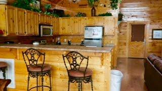 WE'RE IN OUR CABIN!! Vlogmas Day 14 | Casey Holmes
