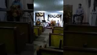 Iglesia fuente de vida de arvin ca