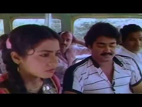 Onnanu Nammal Romance   Mohanlal And Poornima Romantic Scene In Bus