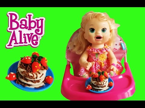 BABY ALIVE SNAKIN SARA EAT BLACK FOREST CAKE PLAY DOH WITH DIFFERENT COLORS