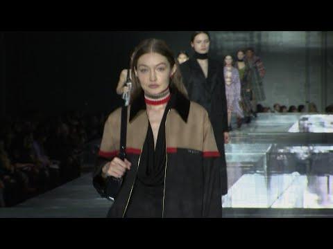 Gigi and Kendall walk Burberry show