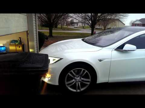 Tesla Model S 7.1 Summon Enter