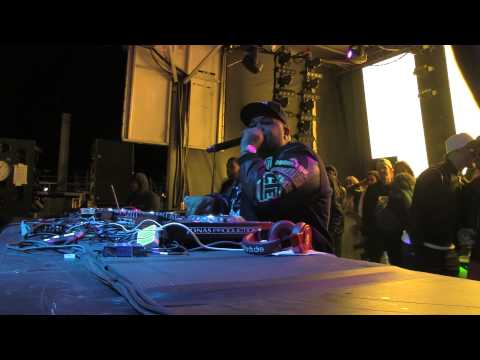 DJ MUSTARD - DIJON POOL DECK @ HOLY SHIP 2015 - DAY 2 - 2.19.2015