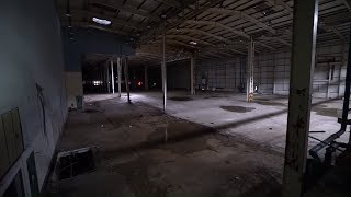 Abandoned Car Factory  SEARCHING CARS LEFT BEHIND