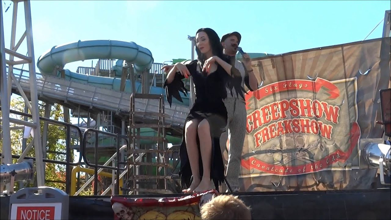 Creepshow Freakshow 6 Flags New England Fright Fest 2015