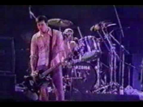 Nirvana - Live (1993.01.23), Apoetose Stadium, Rio De Janeiro, Brazil