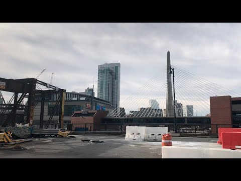 Walking from Charlestown to the North End in Boston